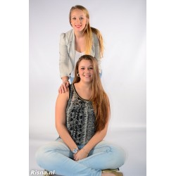 Amber + Sonja 01