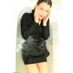Yulia 05 wet